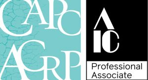 Logos de l'Association canadienne des restaurateurs professionnels et des Professionnels Associés de l'American Institute for Conservation.